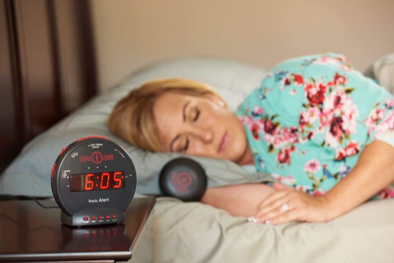 Top 10 Best Loud Alarm Clock Reviews-3